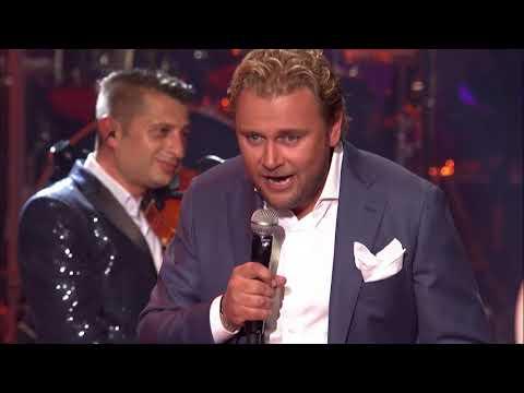 Wesly Bronkhorst - Zal Ik Jou Ooit Nog Zien (Live In Het Concertgebouw) [Officiële videoclip]