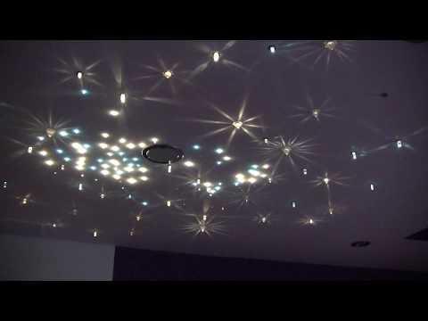 Zestaw Kryształowy Pył, pomysłowe oświetlenie poddasza, projekt przytulnej sypialni