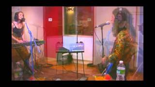 NEON INDIAN - EPHEMERAL ARTERY (Live on KEXP)
