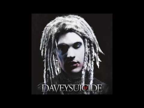 Tekst piosenki Davey Suicide - In my chest is a grave po polsku