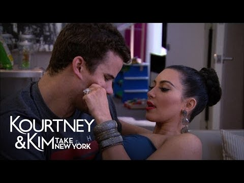 Kourtney and Kim Take New York 2.08 Clip