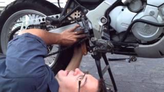 10. Lowering BMW F650GS Dakar with KoubaLinks!