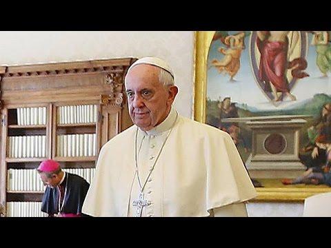 Ο Πάπας Φραγκίσκος άνοιξε το δρόμο για διαζύγια Καθολικών