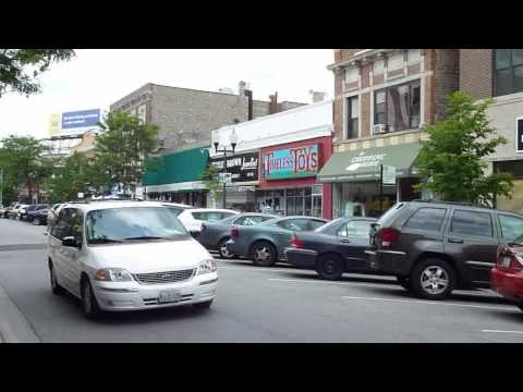 In Lincoln Square, Part 2: Lincoln Avenue from Leland to Lawrence
