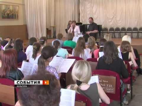"""Дирижер Маттиас Ханке: """"Самарцы должны услышать """"Немецкий реквием"""". Это подарок от Бога и Брамса"""" (видео)"""
