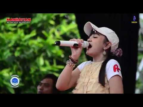 Download Lagu Sayang 2   Jihan Audy  OM MANHATTAN Mlekang Gajah Demak Music Video