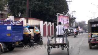 Dehradun India  city pictures gallery : Driving through streets of Dehradun