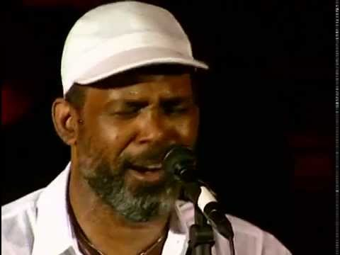 Video Maze Ft. Frankie Beverly - Live at the Hammersmith Odeon (1995) download in MP3, 3GP, MP4, WEBM, AVI, FLV January 2017