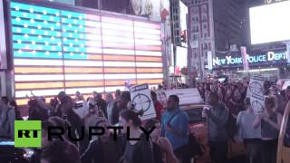 RAW: Bloody protest in NYC after Ferguson decision - YouTube