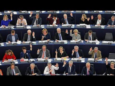 Το Ευρωκοινοβούλιο ζητάει προσωρινό πάγωμα των ενταξιακών διαπραγματεύσεων με την Τουρκία