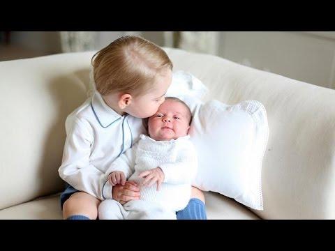 Βρετανία: Πρώτες φωτογραφίες της πριγκίπισσας Σάρλοτ με τον αδελφό της