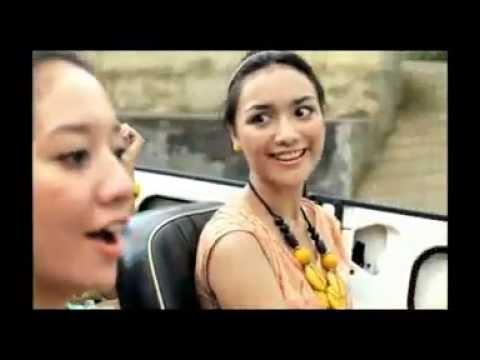 gratis download video - Iklan-Indosat-IM3--Citra-Kirana--Liburan-Lost-in-Bali--2011-TVC