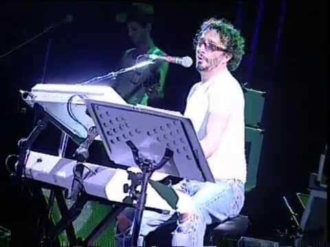 Fito Páez video Brillante sobre el mic - San Pedro Rock II / Argentina 2004
