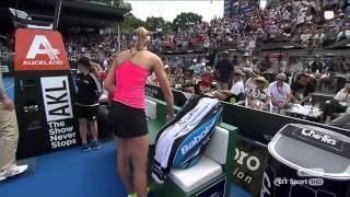 Video Ostapenko throws her racket at a ballboy MP3, 3GP, MP4, WEBM, AVI, FLV Januari 2019