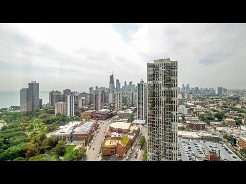 A  Lincoln Park 2-bedroom, 2-bath with dramatic views at Eugenie Terrace