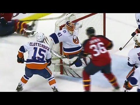 Hockey sur glace : l'arrêt extraordinaire de Jaroslav Halak !