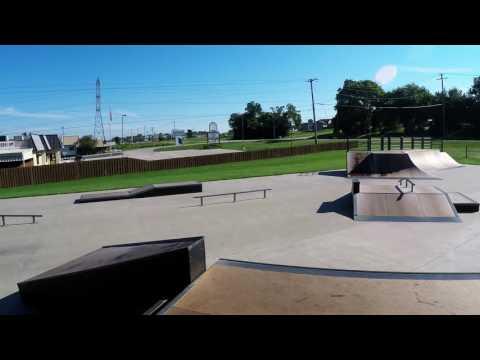 Skateworks Rockford Il Skatepark Walk Through