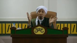 Video Menjadi Wanita Sholihah Dunia dan Akhirat | Buya Yahya | Seminar Muslimah Singapura | 2016 MP3, 3GP, MP4, WEBM, AVI, FLV November 2018