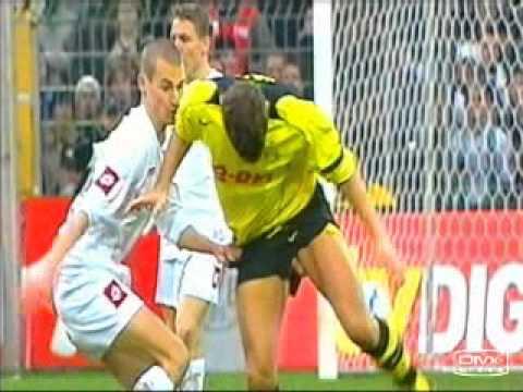 Tai nạn bất ngờ trong bóng đá
