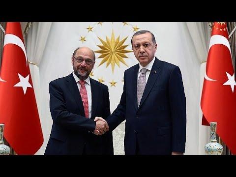 Μογκερίνι σε Τουρκία: Yπό όρους το πράσινο φως για την έκδοση βίζας