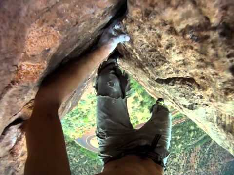 Free Solo Climbing 400 ft crack at Zion National Park