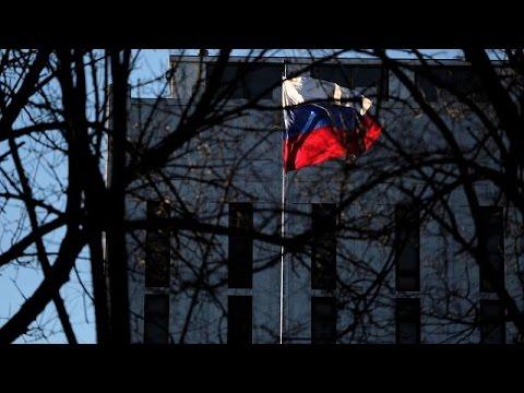 Πούτιν: Η Ρωσία δεν θα απελάσει Aμερικανούς διπλωμάτες