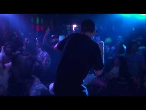 Yuri BH - Castelo de Rocha - Ao Vivo em Alvinópolis-MG - Dia 17/08/13
