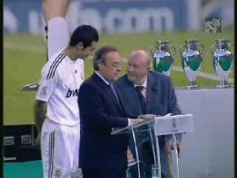 Presentación de Albiol en el Bernabéu