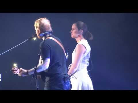 Video Ed Sheeran Missy Higgins - Perfect - 21 March 18 Brisbane download in MP3, 3GP, MP4, WEBM, AVI, FLV January 2017