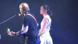 Video Ed Sheeran Missy Higgins - Perfect - 21 March 18 Brisbane MP3, 3GP, MP4, WEBM, AVI, FLV Juli 2018