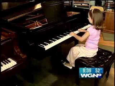 The Next Mozart?  6-Year Old Piano Prodigy Wows All (видео)