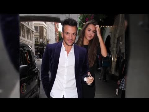 Celebrity Bytes: Peter Andre Reckons He's the Perfect Date – Splash News