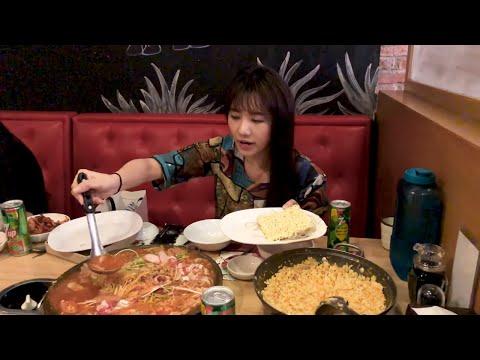 Hari Won - Siêu Ham Ăn - Mì Hàn Quốc Budae Jjigae - Thời lượng: 17 phút.