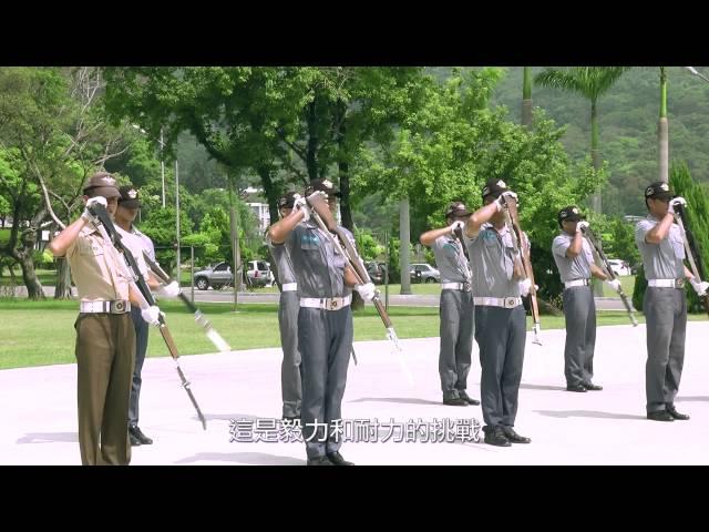 國家門面-海軍儀隊上兵陳逸能退伍十年後再入營服役甘苦談