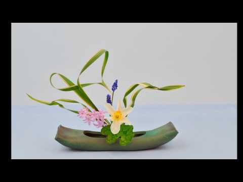 Ikebana Tips By Junko #17: Fun With Phormium