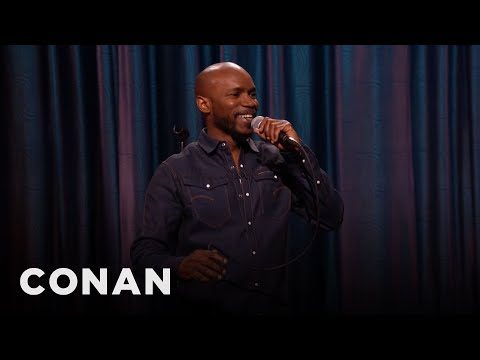 edwards - CONAN Highlight: Ian is happy that Obama is a positive black role model, since he thinks Al Sharpton is less like a leader and more like a WWE wrestler. Visi...