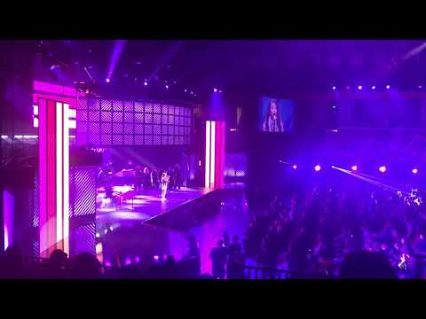 """Video Lauren Daigle closing out the 2018 Dove Awards with """"You Say"""" download in MP3, 3GP, MP4, WEBM, AVI, FLV January 2017"""