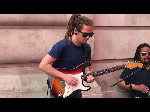 Bob Marley, Get Up Stand Up (cover) - Busking In The Streets Of London, UK