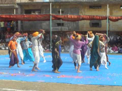 Video aadiwasi fok dance by student on 26 jan 2014 at barwaha dist. khargone madhya pradesh P1010055 download in MP3, 3GP, MP4, WEBM, AVI, FLV January 2017