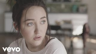 Noah Cyrus - Make Me (Cry) (Official Music Video) ft. Labrinth