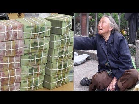 Bà cụ ra ngân hàng xin rút  ngàn, cô nhân viên không thèm tiếp rồi  lúc sau phải hối