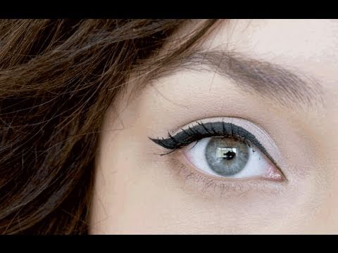 Liner - How I do my winged eyeliner =] (+ my whole everyday eye makeup) Products used: MAC Painterly paint pot MAC Ricepaper e/s Loreal carbon gloss super liner MAC ...