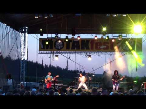 QUEENIE - MOTÁKfest 2015 live (celé vystoupení)