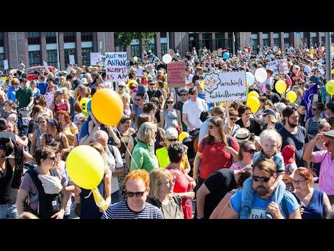 Tausende demonstrieren in Berlin für mehr Kita-Plätze