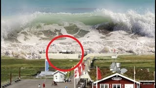 Video 17 BIGGEST Waves You Wouldn't Believe MP3, 3GP, MP4, WEBM, AVI, FLV Desember 2018