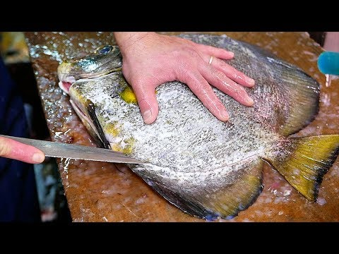 Japanese Street Food - BATFISH Fish Cutlet Okinawa Seafood Japan - Thời lượng: 28 phút.