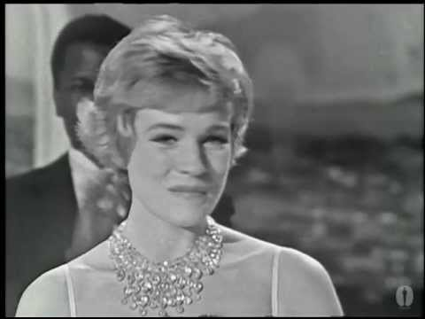 Julie Andrews winning Best Actress for