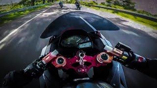 Video 2017 CBR250RR vs R25 vs Ninja 250 RACE! MP3, 3GP, MP4, WEBM, AVI, FLV Mei 2018