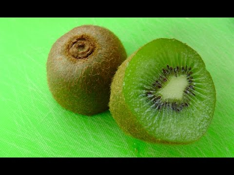 How to eat a Kiwi Fruit