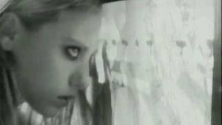 Andres Calamaro - Veneno En La Piel videoklipp